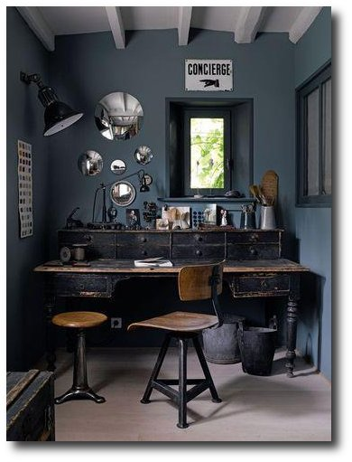 black-distressed-desk-seen-on-greylikesnesting
