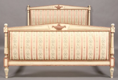 FRENCH DIRECTOIRE PAINTED UPHOLSTERED FULL SIZE BED Ebay Seller Urban Artifacts 99 500x340 French Beds