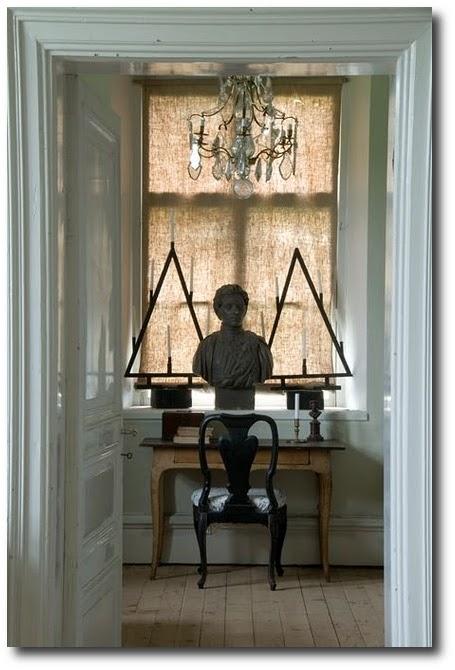 Lars-Sjoberg- Best Painted Furniture, Black Painted Antiques, Black Painted Furniture, How To Paint, Scandinavian Furniture, Swedish Antiques