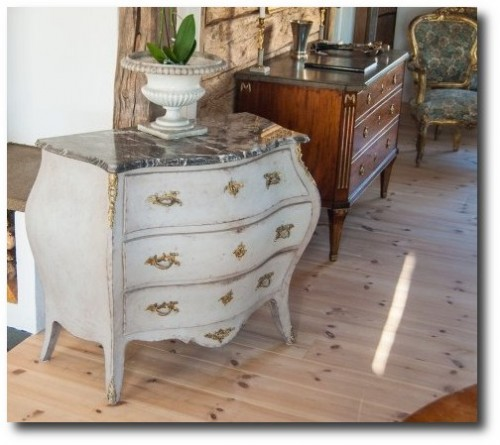 LENNART Castelius ANTIQUES & FURNITURE 10