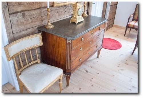 LENNART Castelius ANTIQUES & FURNITURE 3
