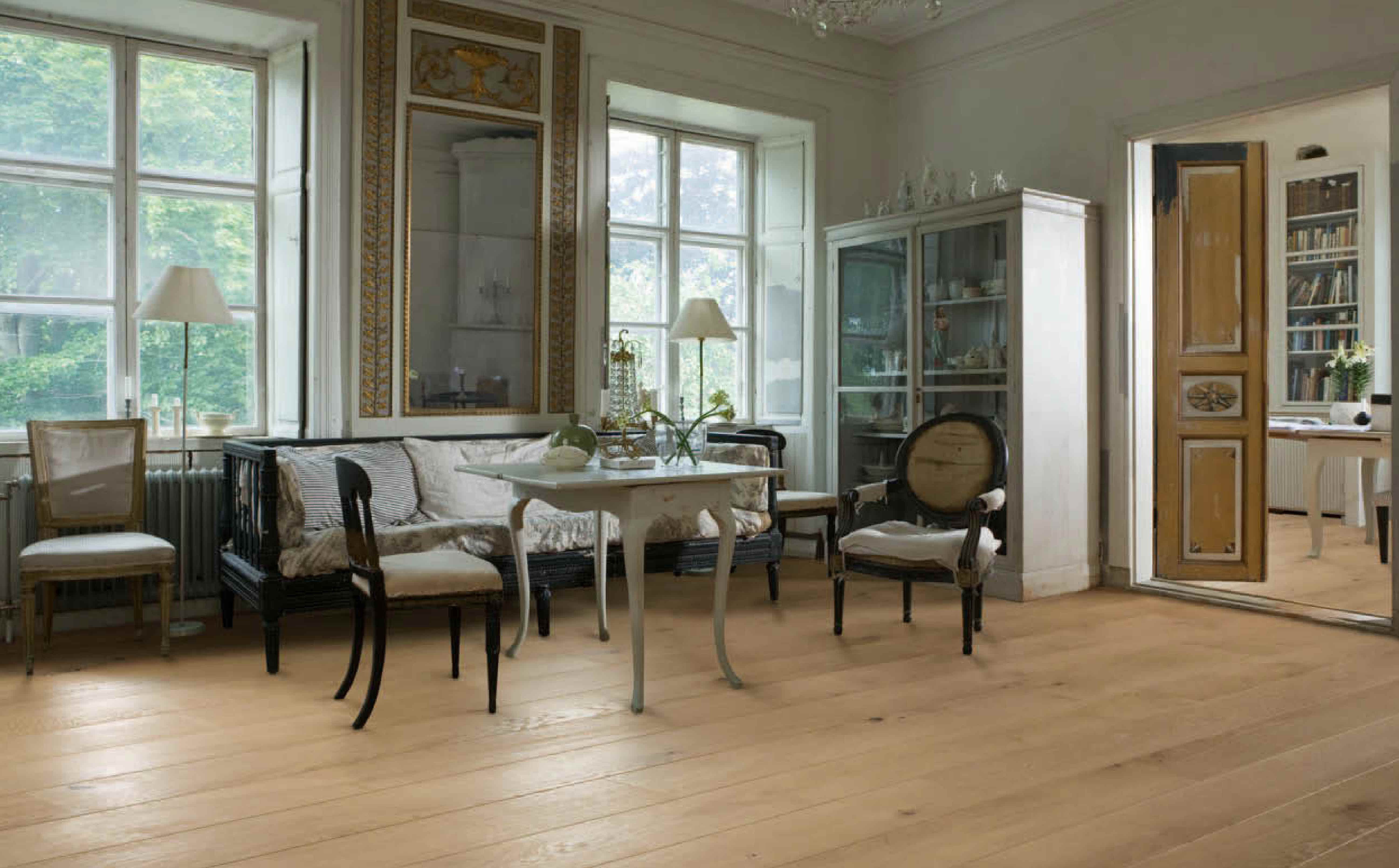 Swedish Furniture gustavian style: warm or cool tones?