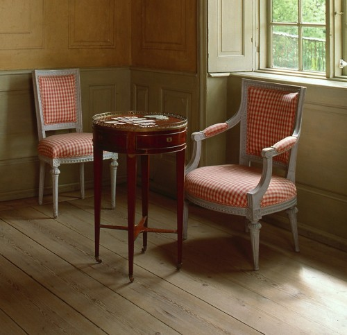 Swedish Gustavian Furniture 18th Century Swedish Decorating6 500x483 Swedish Furniture:18th Century Swedish Decorating