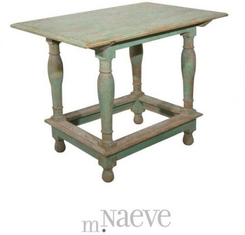 Swedish Baroque Table 500x479 The Romantic Baroque Style: Part 5 Add Color