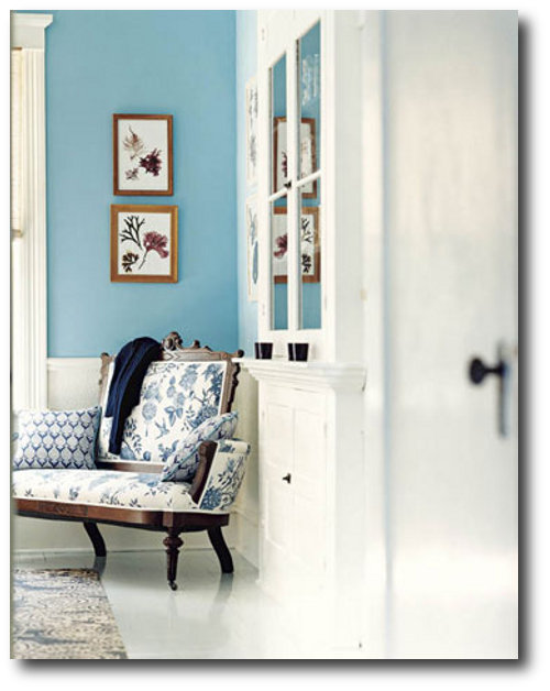 The turquoise on the walls (Parker Paint's Waterside; see next slide) looks even richer next to woodwork painted Benjamin Moore's Ivory White 925 in this dining room by Markham Roberts.