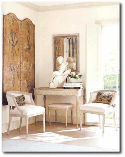 Antique-Gustavian-Styled-Interiors-500x639