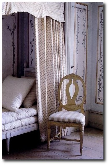 Gustavian, White Painted Furniture, Gustavian Furniture, Swedish Furniture, Updating Furniture, Swedish Decorating Ideas