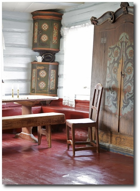 Nordic-Style-Country-Painted-Floors