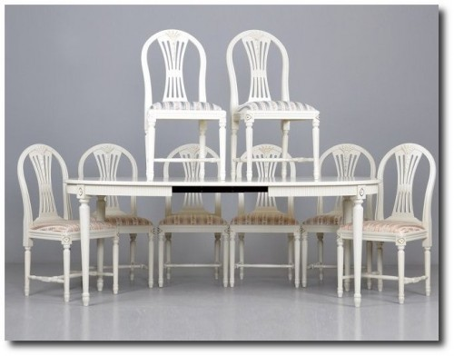 White Table Set, White Painted Furniture, Gustavian Furniture, Swedish Furniture, Updating Furniture, Swedish Decorating Ideas