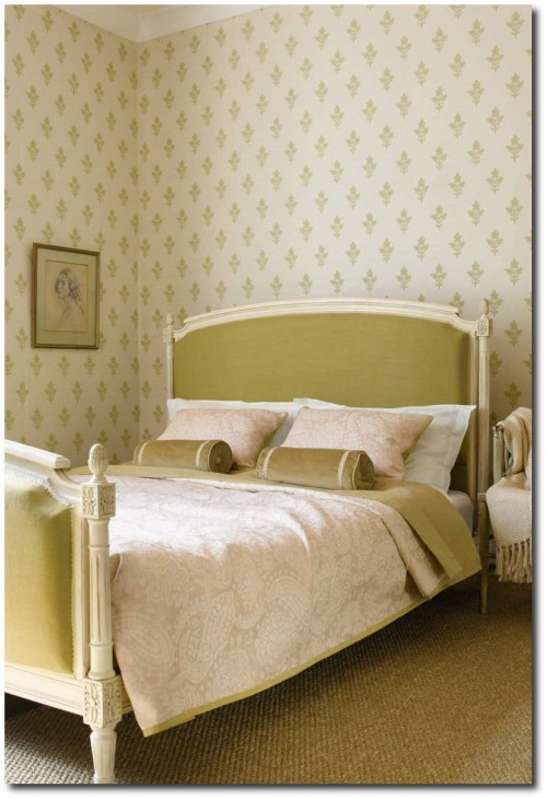 Tussah Flower wallpaper from Zoffany