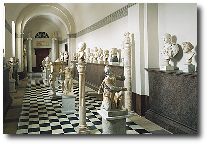 Tour description, Gustav III's Museum of Antiquities. Gustav III's Museum of Antiquities, The Royal Palace