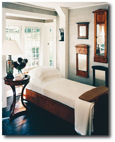Biedermeier bedroom- Martha Stewart