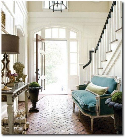 A home located near the Chattahoochee River, decorated by designer Amy Morris 4