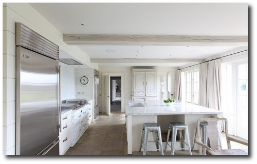White Interiors -Cotswold's Barn Conversion From Light Locations 4