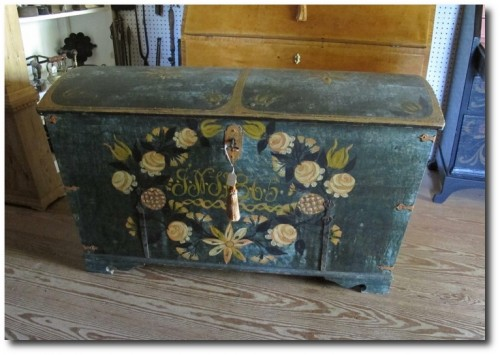 Swedish Painted Trunk Seen At Country Gallery