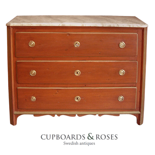 Red Gustavian Chest of Drawers
