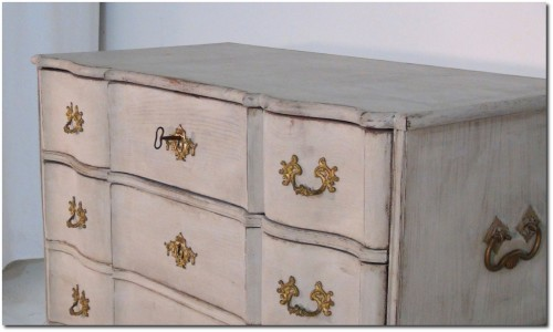 A beautiful Swedish Rococo period chest The High Boy