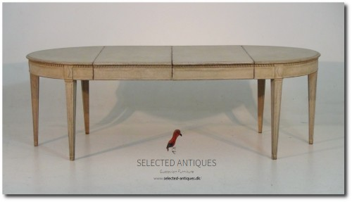 Gustavian style table with two leaves, late 19th C.
