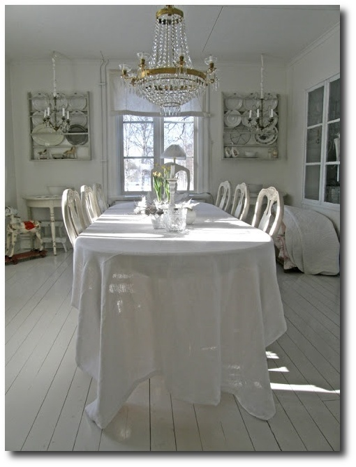 Swedish Interiors Using Linens