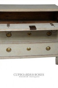 Gustavian chest of drawers, Sweden circa 1800