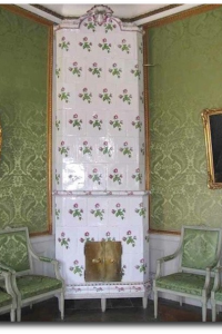 Green Swedish Room With Tiled Stove