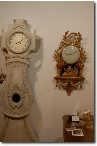 18th Century Swedish Giltwood Cartel Clock with Lyre, Wheat Sheaves, and Classical Drapery. One of a kind clock
